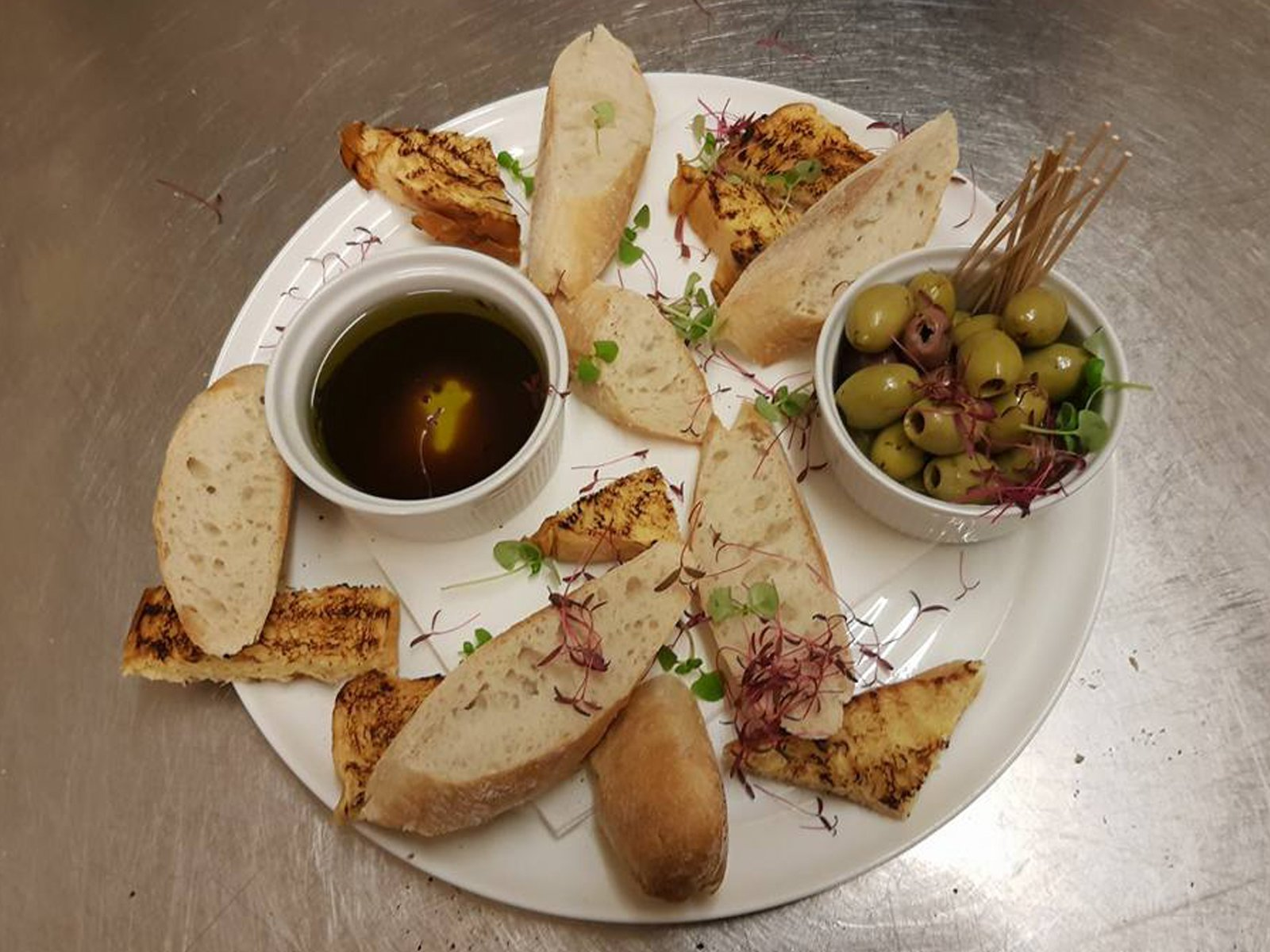 Bread and olives White Horse Inn Hurstpierpoint